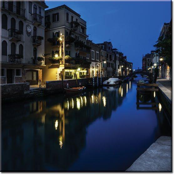obrazy z miastem nocą