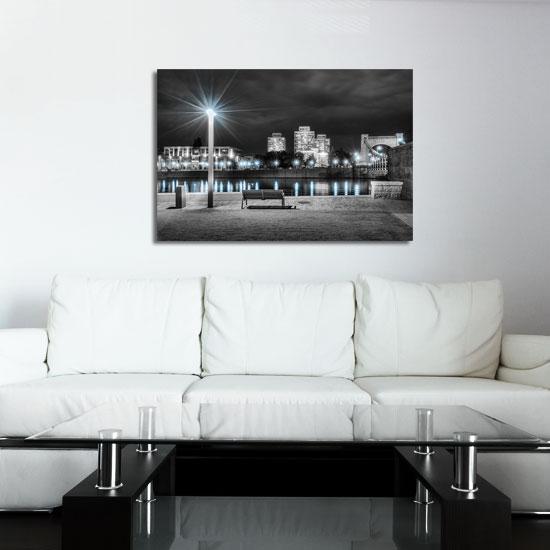 piękny obraz na ścianę - oświetlone miasto