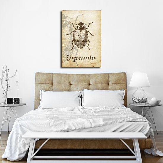 "plakat w sepii z napisem ""Insomnia"""