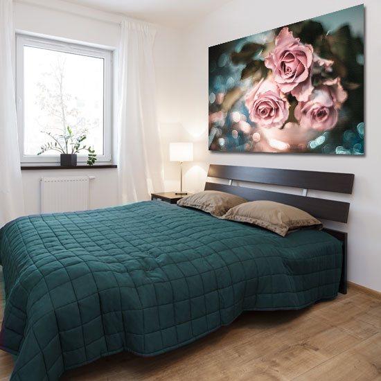 obraz z różami i rozmytym tłem