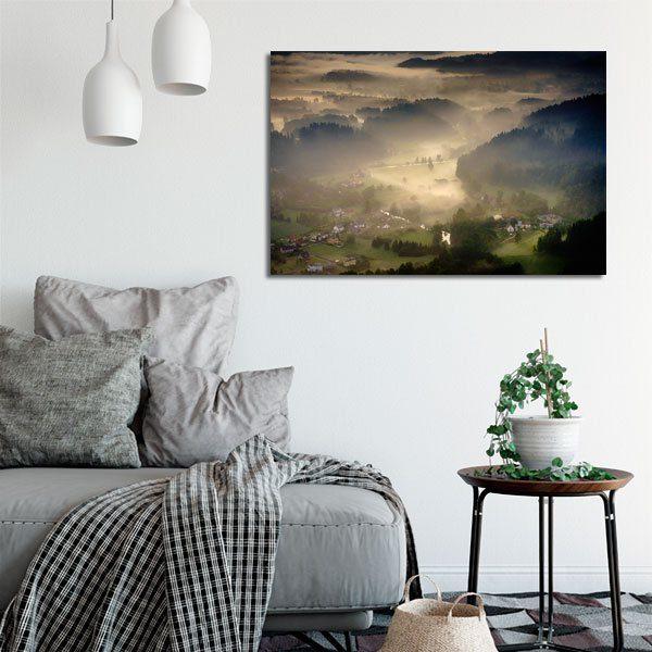 mgła i dolina na obrazie