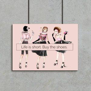 trzy dziewczyny na plakacie
