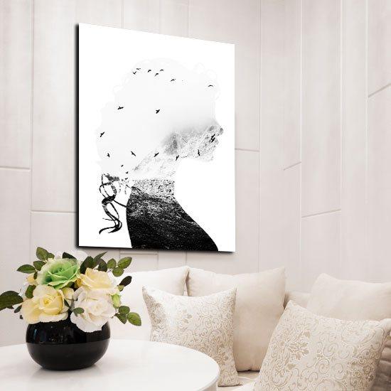 plakat z kobietą i ptakami do salonu
