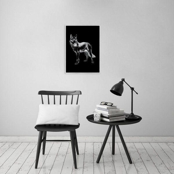 srebrny wilk na plakacie