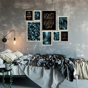 Metaliczne plakaty w zestawach