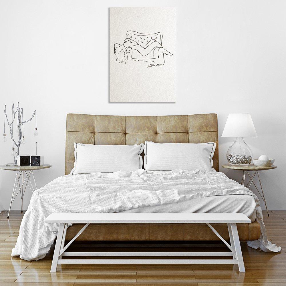 Plakat Ze Szkicem Kobiety Leżącej Na Fotelu