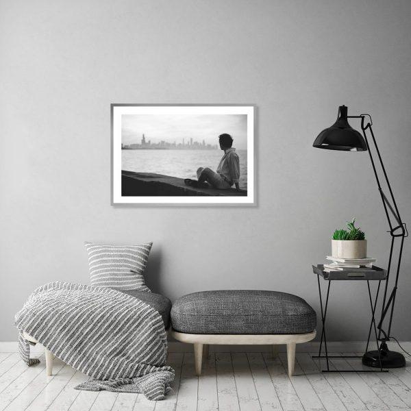 Plakat mężczyzna i panorama miasta
