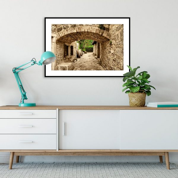 plakat z widokiem miasto w chorwacji na ścianie salonu