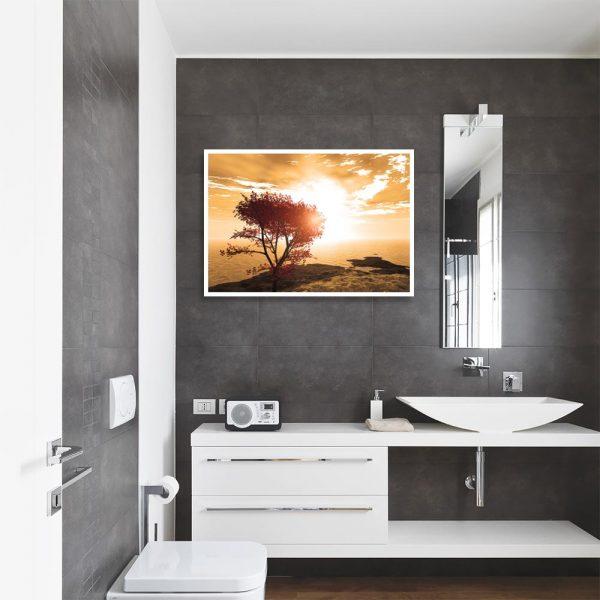 plakat z jesiennym widokiem w łazience