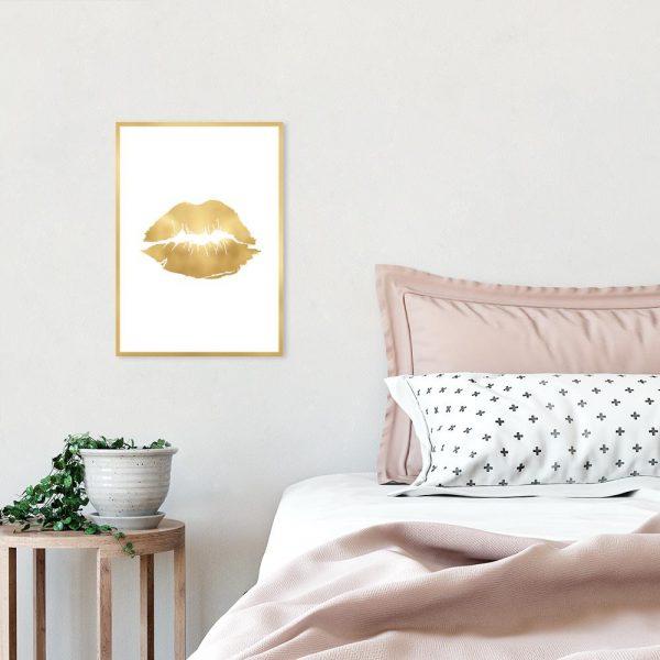 plakat złoty z ustami