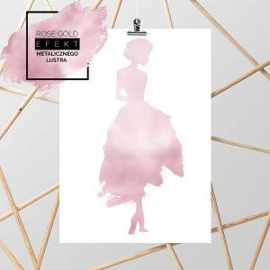 plakat metaliczny z kobietą w sukni