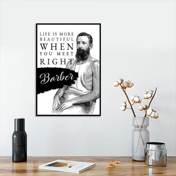 plakat z napisem i mężczyzną do salonu barberskiego