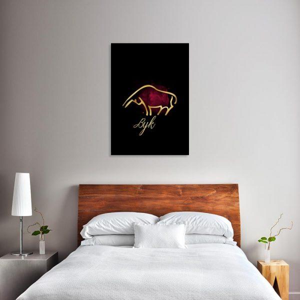 dekoracja nad łóżko z bykiem