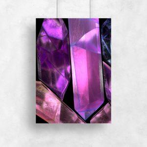 plakat z fioletowym kamieniem