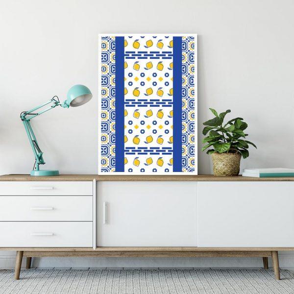 niebiesko-żółta dekoracja na szafkę