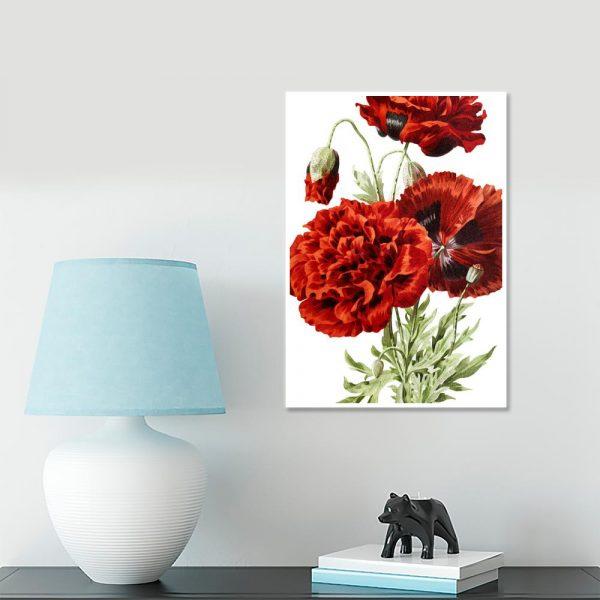 czerwone kwiaty jako dekoracja