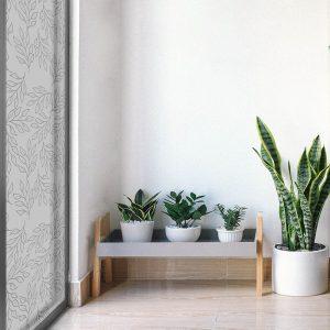 Folia okienna z roślinnym motywem do salonu