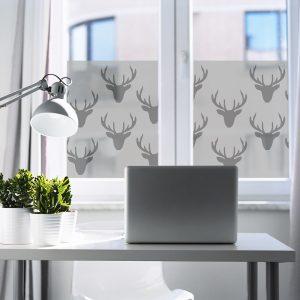 Naklejka na okno z motywem jelenia